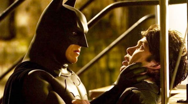 """""""Nuestro nombre no importa, se nos conoce por nuestros actos"""". - 'Batman begins'"""