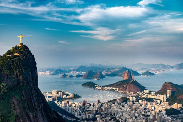 Carnival, here I come! I'm so down to have fun all night long. Make that all week long! I would love to join Brazil, not just for it's annual carnival, but for everything! I think I've fallen in love. Rio De Janeiro BTW.