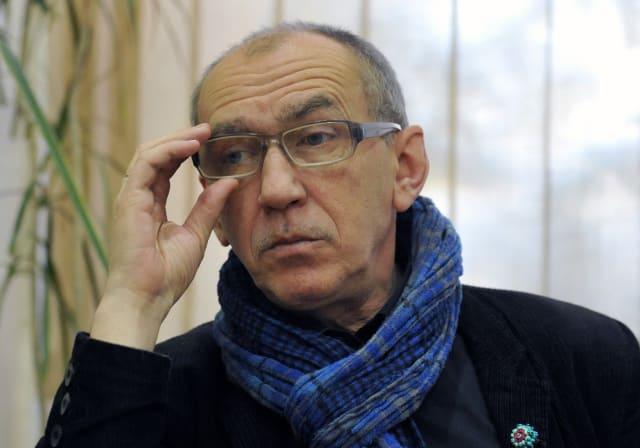 Українськийписьменник,перекладач. Автор романів «Рівне/Ровно», «Хвороба Лібенкрафта», багатьох збірок віршів.