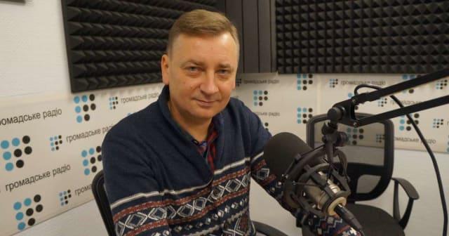 """Українськийписьменник,журналіст, головний редактор кількох часописів.Найвідоміша його книга - """"Іловайськ""""."""