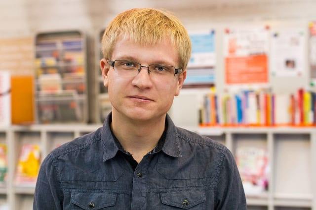 Український письменник, культуролог, куратор мистецьких проектів. Автор книг «АмнезіЯ», «Бачити, щоб бути побаченим: реаліті-шоу, реаліті-роман та революція онлайн», «Понтиїзм» та інших.