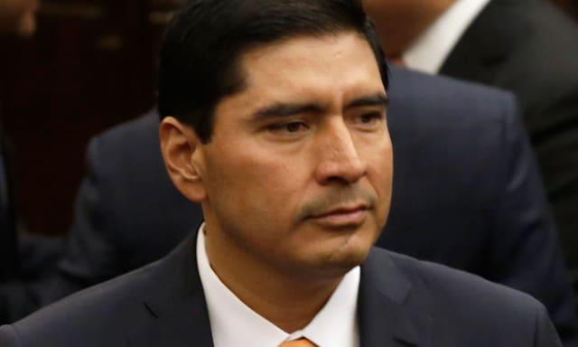 Exalcalde del municipio de Huejotzingo . El expriista acusó a su exdirigente, en ese entonces Jorge Estefan Chidiac, de vender candidaturas.
