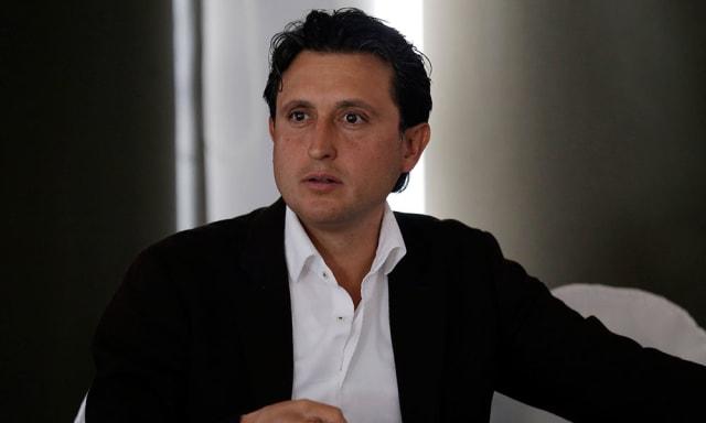 Se ha desempeñado como alcalde de San Pedro Cholula y diputado local bajo las siglas de Movimiento Ciudadano (MC). Ahora coordinará a los cuatro diputados del PT en el Poder Legislativo y también será presidente de la Mesa Directiva del Congreso local.