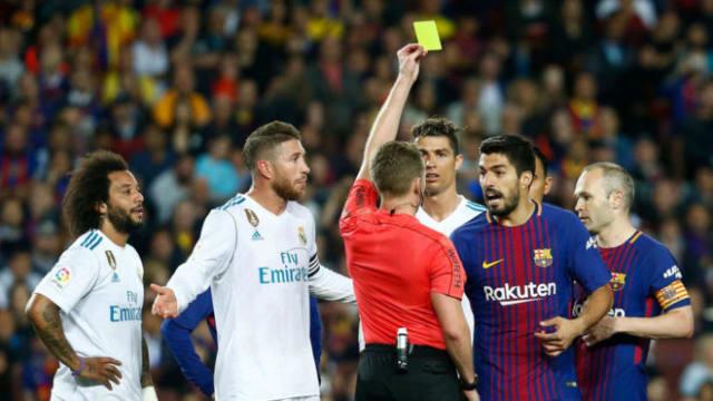 dce7e9b231c11 Hernández Hernández vivió su particular noche más negra en el Clásico entre  el Real Madrid y
