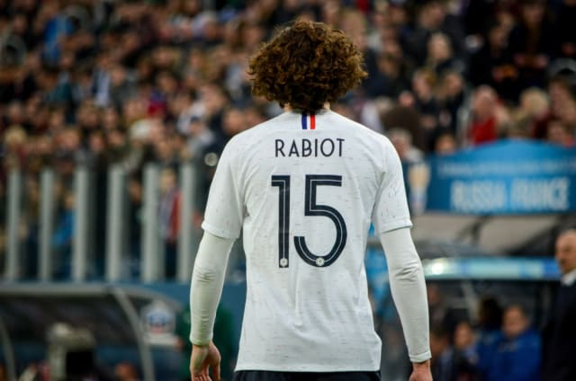PSG's Adrien Rabiot has turned down a contract offer. It has opened the door for Chelsea, Manchester City and Barcelona to sign the player on a free contract. (Daily Mail)
