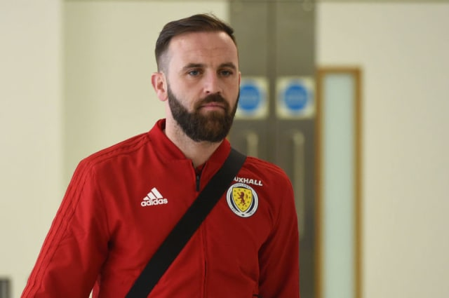Scotland assistant boss James McFadden insists there was no dressing down of Leigh Griffiths after the Belgium game. (via BBC)