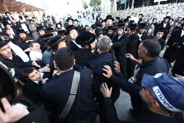 מהומות בבית שמש. צילום: פלאש 90