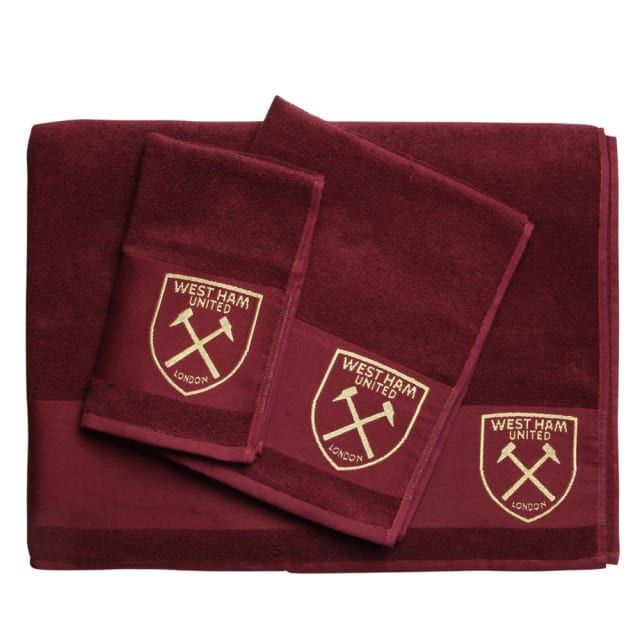 Show your guests who you support with this claret and gold 3 piece towel  set. The set features a small cfca4d82e