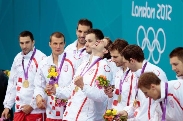 Olimpijsko zlato u Londonu bila je samo kruna na ono što je napravio Ratko Rudić. Drugi najtrofejniji trener u povijesti sporta Hrvatskoj je najprije donio svjetsko, zatim europsko, a onda i olimpijsko zlato.