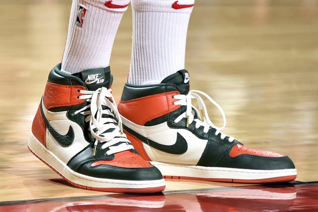 "Air Jordan Retro 1 ""Sole Fly"""
