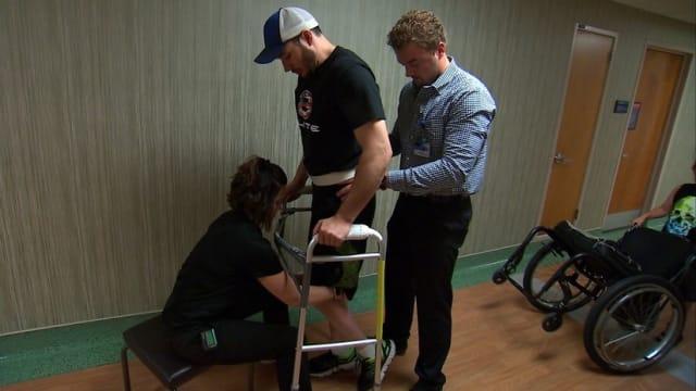 Dos equipos de científicos  consiguieron  de forma separada que varios pacientes parapléjicos lograran caminar de nuevo tras la implantación de electrodos en la columna vertebral.