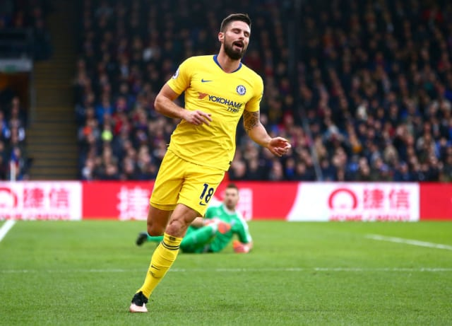 Chelsea striker Olivier Giroud is a target for Barcelona. Out of contract in the summer the Catalans could pay £13.5m in January. Former Middlesbrough striker Crishtian Stuani is also a target. (Sport)
