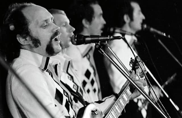 """Принимая на работу нового солиста """"Песняров"""", музыкант просил спеть """"Беловежскую пущу"""". Если претендент брал высокие ноты на вступлении – мог рассчитывать на место в ансамбле."""