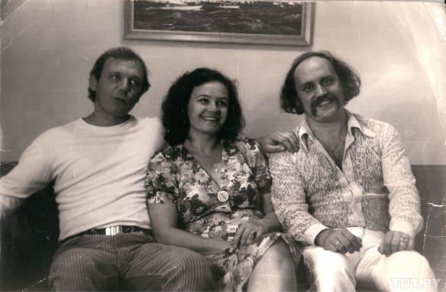 Был женат на артистке Лидии Кармальской, Светлане Слизской и актрисе Светлане Пенкиной. У артиста четверо детей и все от разных браков – два сына и две дочери. В живых осталось трое.