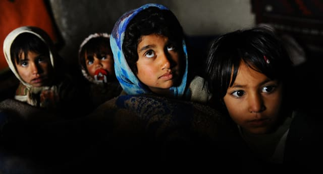 Cuando crecen, muchos bachas corren el peligro de pasar de ser víctimas a convertirse en verdugos y empezar explotar a otros niños.-