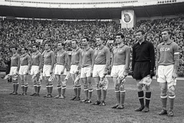 La selección de fútbol de la URSS en el Mundial de 1962.