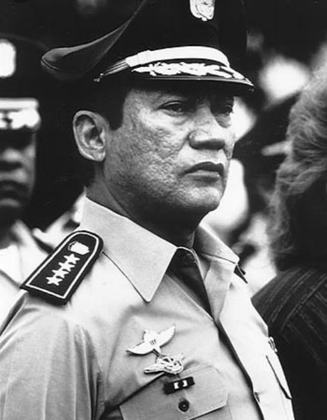 Manuel Antonio Noriega Moreno, Líder Máximo de la Liberación Nacional de Panamá.-