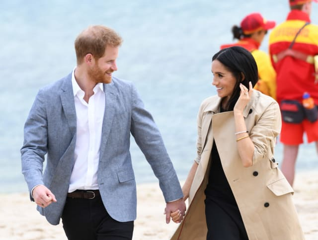 Meghan and Harry took a walk down South Melbourne beach on the 18th October 2018. Photo: PA