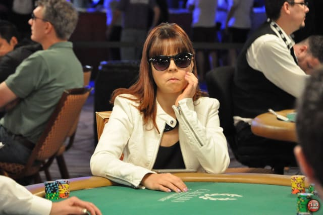 4th place on the Women's All Time Money List, with $3,943,232. Annette is the youngest person to ever win a WSOP bracelet. On 17 September 2007 she won the WSOP Europe Main Event, the day before her 19th birthday.