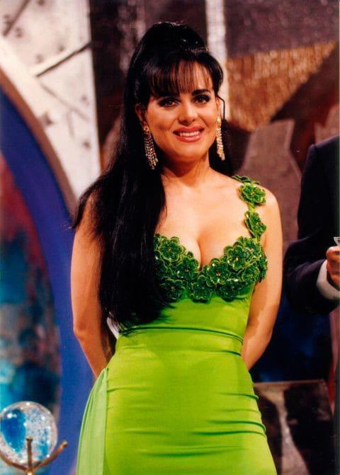 Maribel después de su fracaso amoroso, decidió dedicarse a su hijo y su carrera como cantante, el cual la llevó a recorrer toda la república mexicana y centroamericana, colocándole entre el gusto del público por su gran carísma.