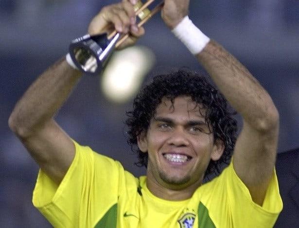 Сейчас: самый титулованный игрок в истории футбола.