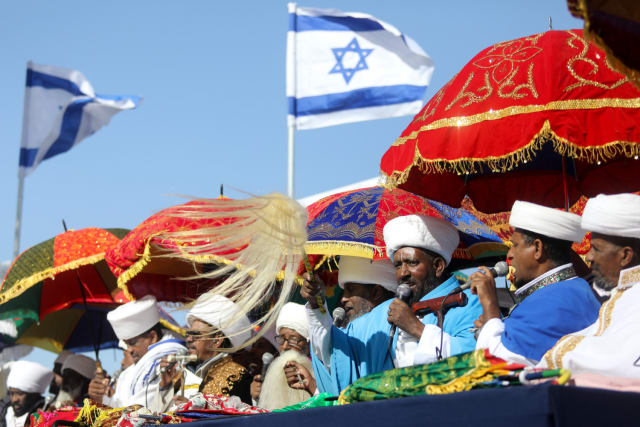 Sigd holiday brings thousands to Jerusalem to celebrate 3