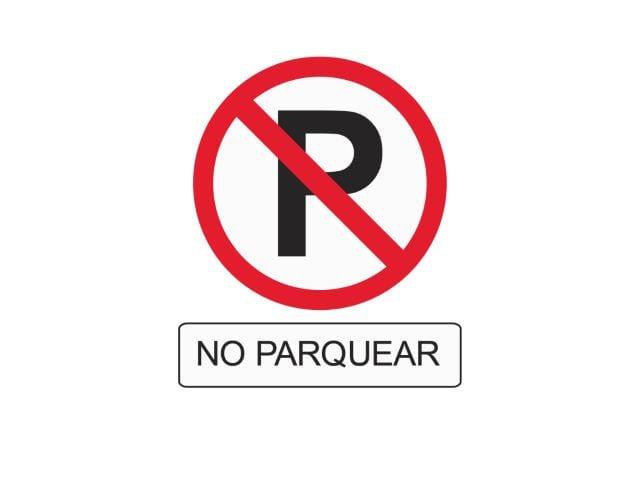 Recuerda que al estacionar en lugares prohibidos, es el carro queda expuesto y vulnerable a un robo o a daños por parte de terceros en la vía y además puedes obstruir el paso de peatones.