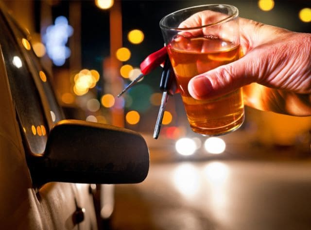 Abstenerte de conducir en estado de embriaguez te salva la vida y evitas accidentes.