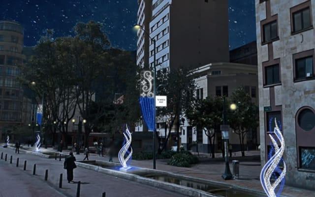 El Eje Ambiental es una reconocida vía que recorre el centro histórico de Bogotá. Recorrerla en navidad y disfrutar del alumbrado navideño es uno de los planes que puedes disfrutar.
