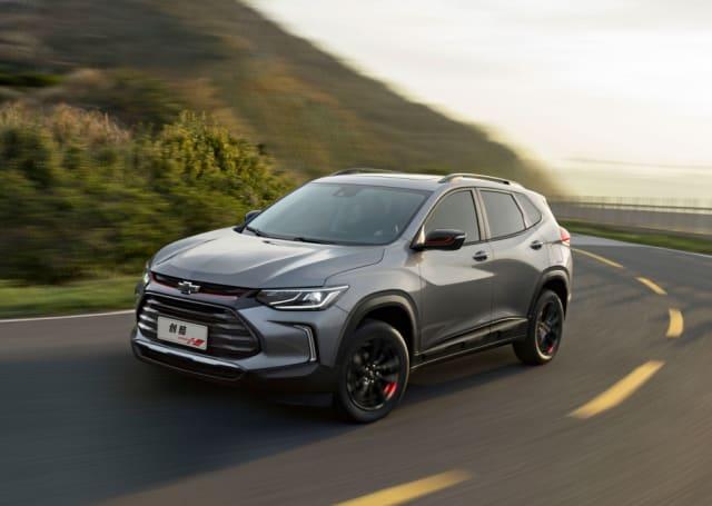 O que sabemos? O SUV marcará a estreia de um novo motor 1.2 turbo, três cilindros, com 132 cv (gasolina). Só na versão básica terá câmbio manual de seis marchas Lançamento previsto Abril de 2020 Preço (expectativa) R$ 100 mil a R$ 120 mil Modelos rivais <MC2>Renegade, HR-V e T-Cross