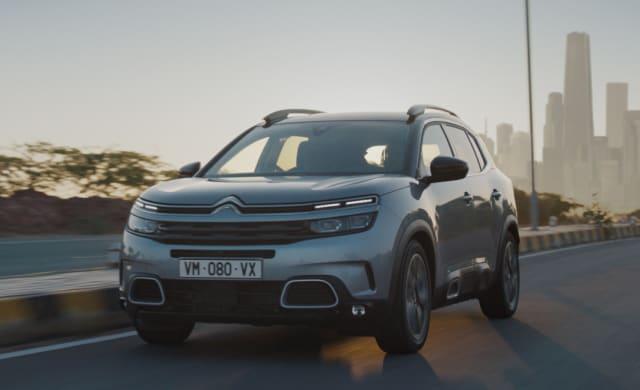 O que sabemos? O SUV usa a mesma base do Peugeot 3008 e traz como trunfo a versão aprimorada do motor 1.6 THP (de 180 cv) com câmbio automático de oito marchas Lançamento previsto Meados de 2020 Preço (expectativa) R$ 140 mil a R$ 150 mil Modelos rivais Peugeot 3008 e VW Tiguan