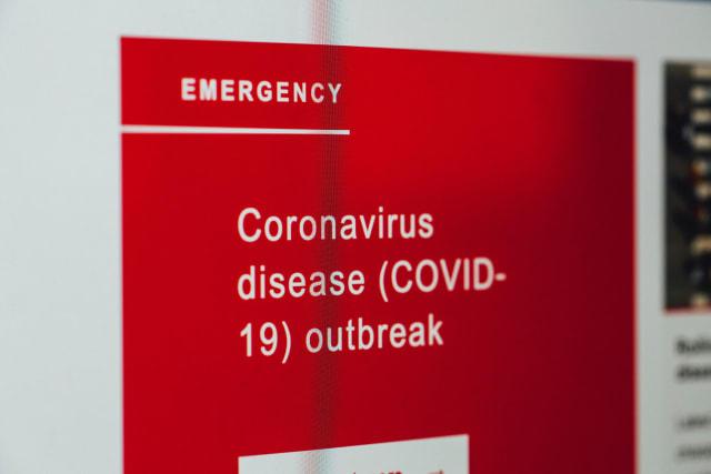 Και τέλος οι περισσότερες Ασφαλιστικές Εταιρείες έχουν ήδη ανακοινώσει ότι καλύπτουν την περίπτωση να νοσήσετε από Covid-19. Όχι αναγκαστικά τα έξοδα νοσηλείας που ούτως ή άλλως προς το παρόν καλύπτει το δημόσιο αλλά και διαγνωστικές εξετάσεις ή απώλεια κερδών λόγω μη εργασίας.